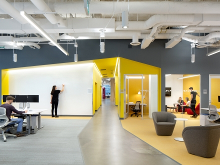 Luminis Lighting Reinforces Visual Interest at Tech Giant's Canadian Headquarters